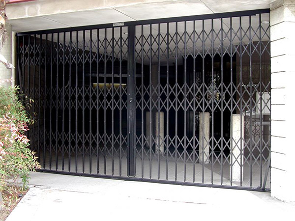 residential garage folding gate